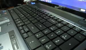 Acer-5740G-klavye